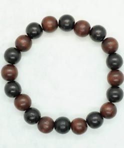 Männer-Armband aus schwarzen und braunen Holzperlen