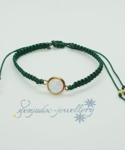 Makramee-Armband mit goldenem perlmutt Charm