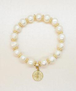Perlen-Armband mit Süßwasserperlen und goldener Medaille