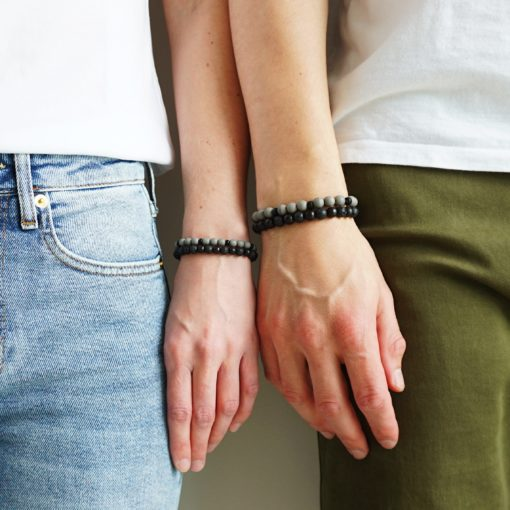Partner-Armbänder aus Perlen