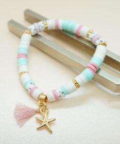 Perlen-Armband mit goldenem Seestern und bunten Katsuki-Perlen.