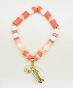 Perlen-Armband mit goldener Kaurimuschel und bunten Katsuki-Perlen.