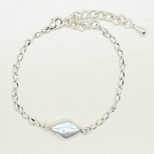 Silbernes Armband mit Süßwasserperle