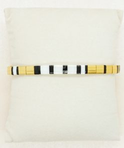 Perlen-Armband mit eckigen Miyuki Tila Perlen in gold.